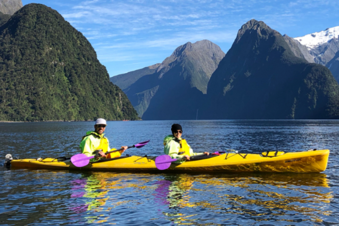 Aaron Rodgers Spends Super Bowl Week Paddling Danica Patrick Around New Zealand