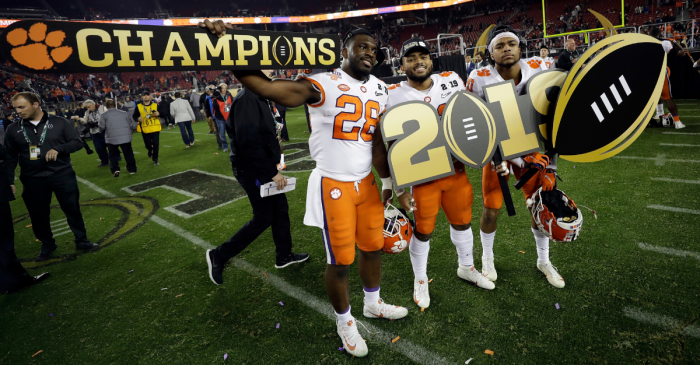 Bowl Game Payouts are Practically a Small Fortune in College Football