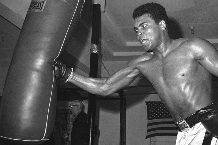 "Louisville's Airport Will Officially Be Renamed to Honor ""The Greatest"""