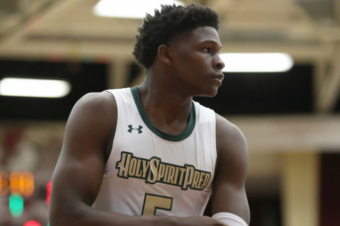 Nation's Top Prospect Stuns Hoops World With Georgia Commitment