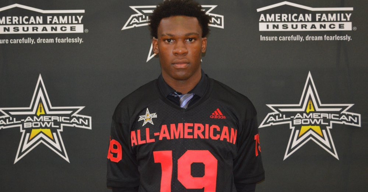 Florida Flips 4-Star DE From Alabama, Cites Coaching and Trust for His Change