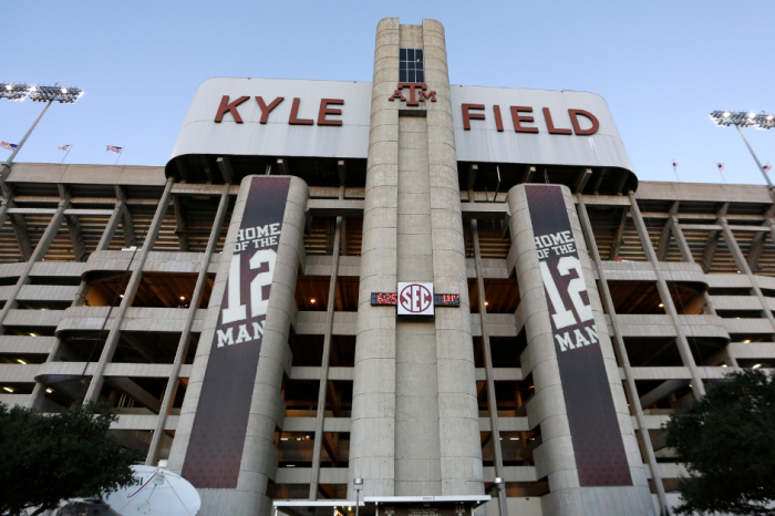 Texas A&M Postpones Graduation, Cancels 101-Year Tradition of Parents Weekend
