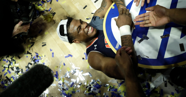 Auburn Routs Tennessee to Win the SEC Championship, 84-64