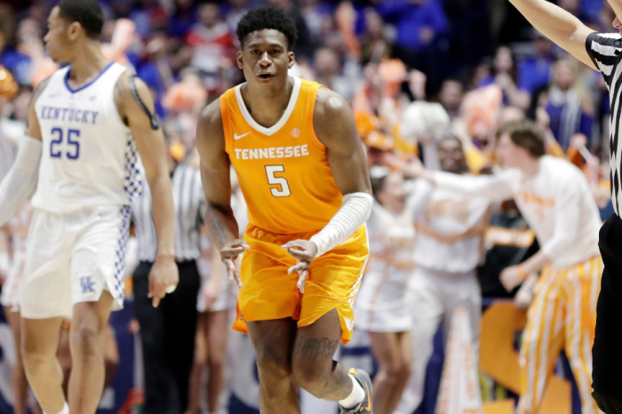 Tennessee's Only Threat on the Road to the Final Four? Themselves.