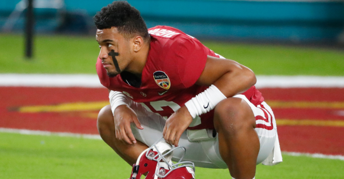 "Tua Tagovailoa ""Throws Better"" Than Rodgers & Marino, According to Super Bowl QB"