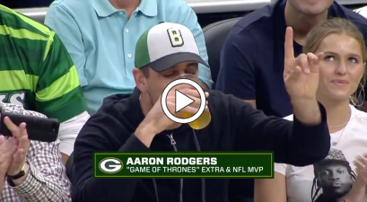 Aaron Rodgers Can't Chug Beer, So Everyone Showed Him How It's Done