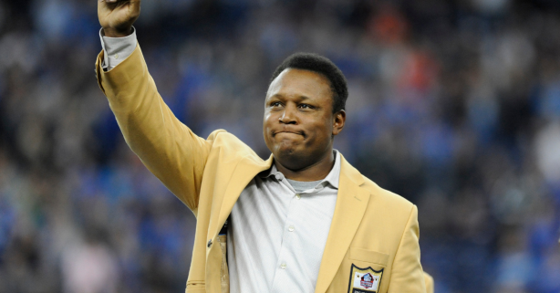 Barry Sanders Retired in His Prime, But Why Did He Do It?