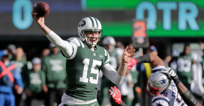 NFL Journeyman Finally Calls it Quits After 10 NFL Stops