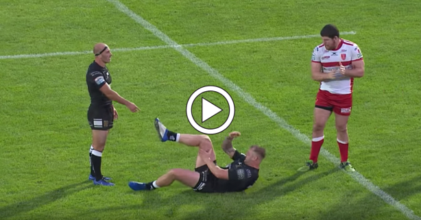 Rugby Guy Smacks Dislocated Knee Into Place, Keeps Being 100% Man
