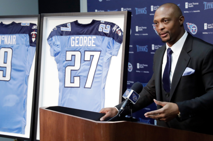 Titans Retiring Numbers of Eddie George, The Late Steve McNair