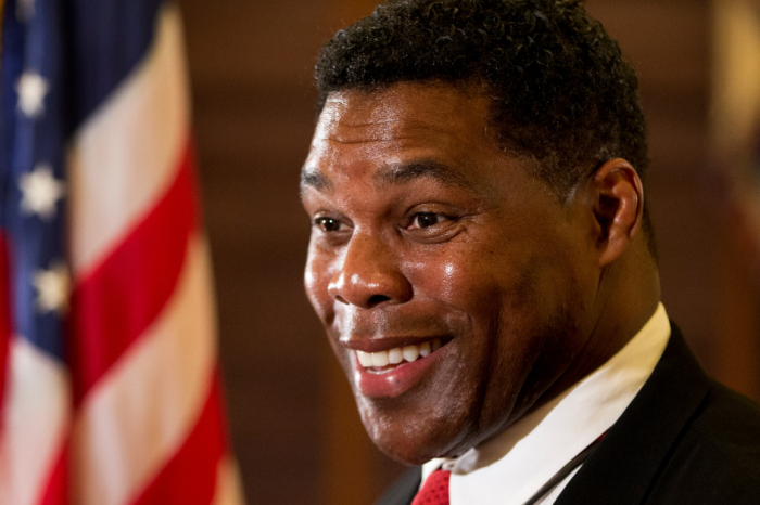 Herschel Walker Flipped a Coin to Pick Between Football and U.S. Military