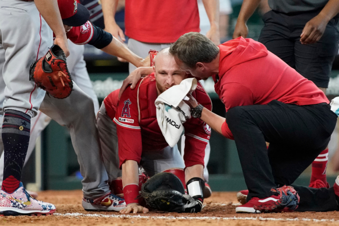 Clean or Dirty? This Violent Collision at Home Plate is Tough to Watch