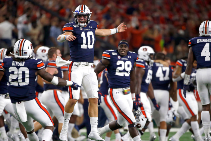 AP Top 25: Auburn Climbs to No. 10 After Week 1 Comeback