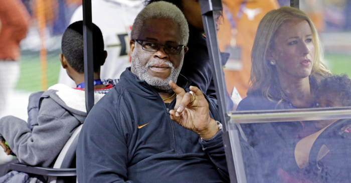 "Earl Campbell: ""You Have to Have a Black Quarterback"" to Win at Texas"