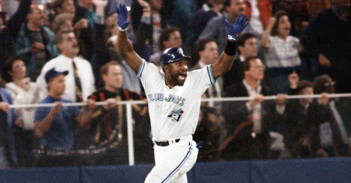 Joe Carter's World Series Walk-Off is Baseball's Coolest Moment | Fanbuzz