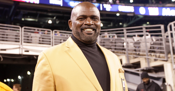Lawrence Taylor Was the Greatest, But His Net Worth is Less Than a Game Check