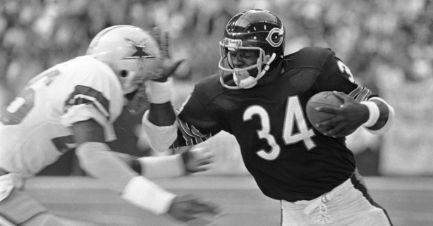 Walter Payton's Greatness Summed Up in One Incredible Run