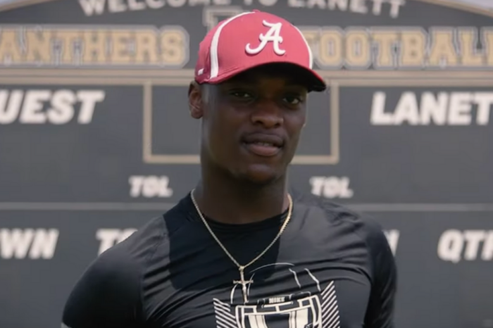 Alabama's Next Star Defender Doubles as Dangerous QB