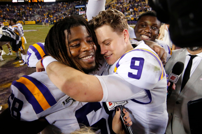 LSU's Joe Burrow Wins the Johnny Unitas Golden Arm Award
