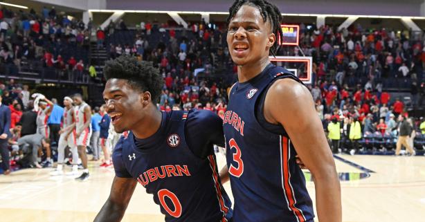 Auburn Erases 19-Point Deficit, Wins Thriller in Double-OT