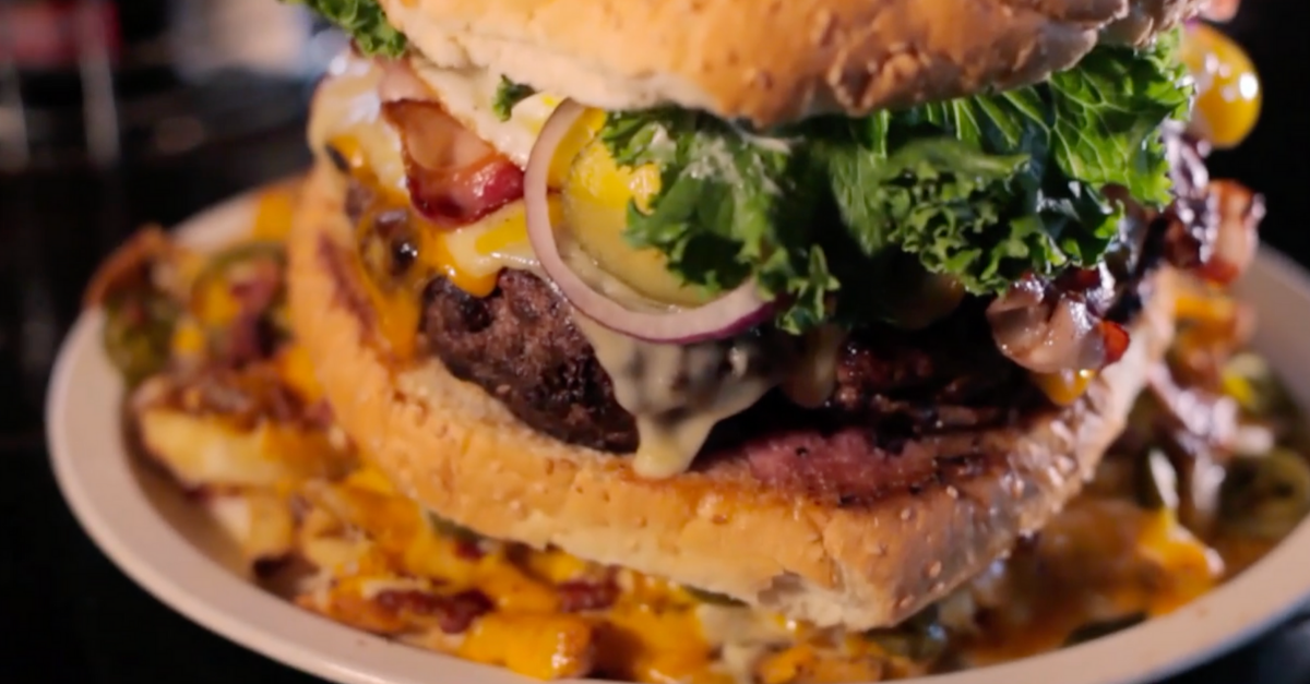 This Louisiana Burger Challenge is 7 Pounds of Pure Madness