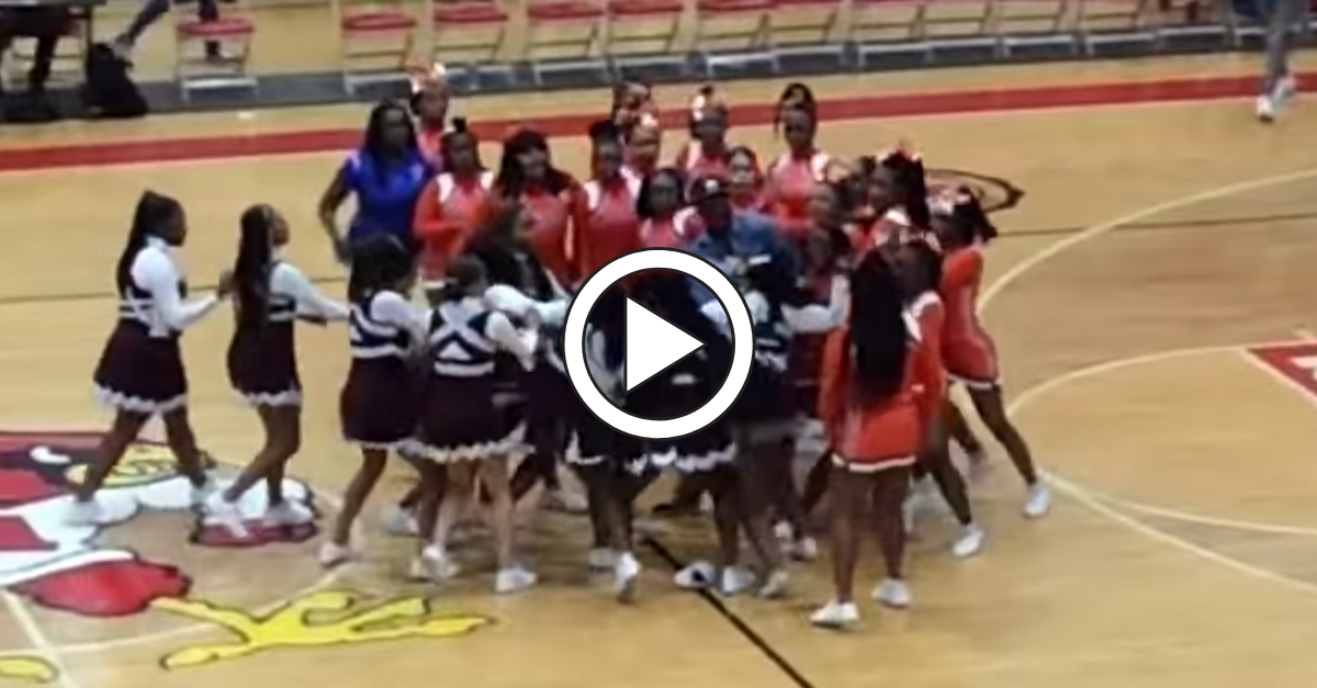 Cheerleader Fight Forces High School to Cancel Season