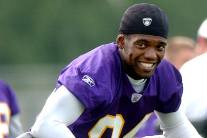 Randy Moss' Mic'd Up Video is Worth Every Second