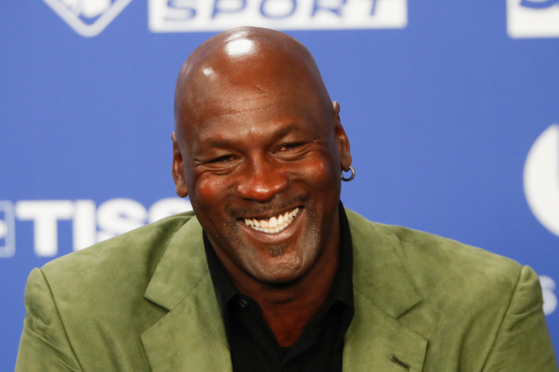 """Michael Jordan's Net Worth Makes """"His Airness"""" the Richest Athlete of All Time"""