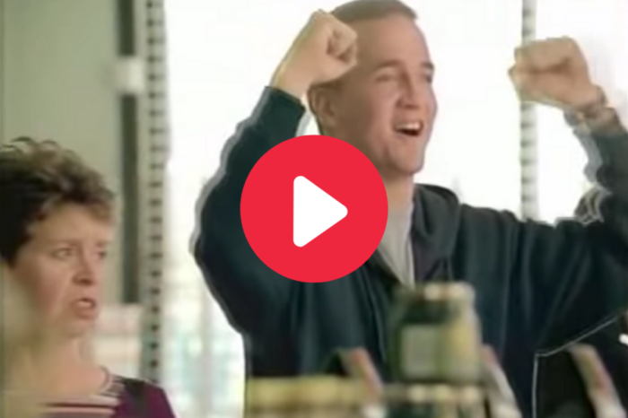 "Peyton Manning's ""Priceless"" Mastercard Commercials Will Always Be Funny"