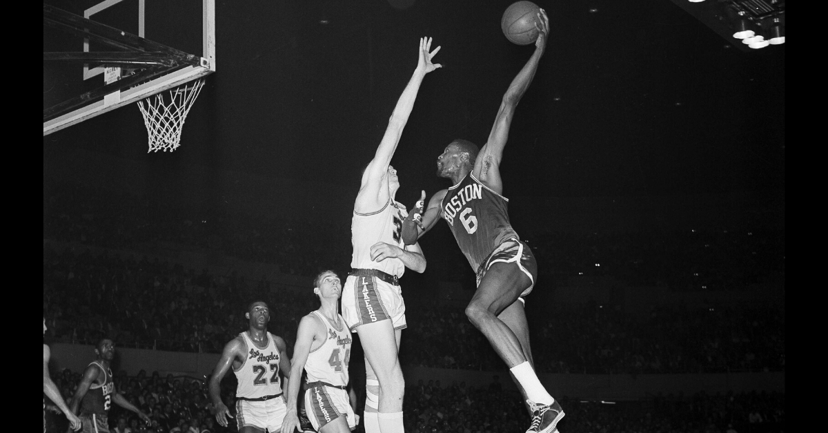 Bill Russell's 30-Point, 40-Rebound Game Won an NBA Title