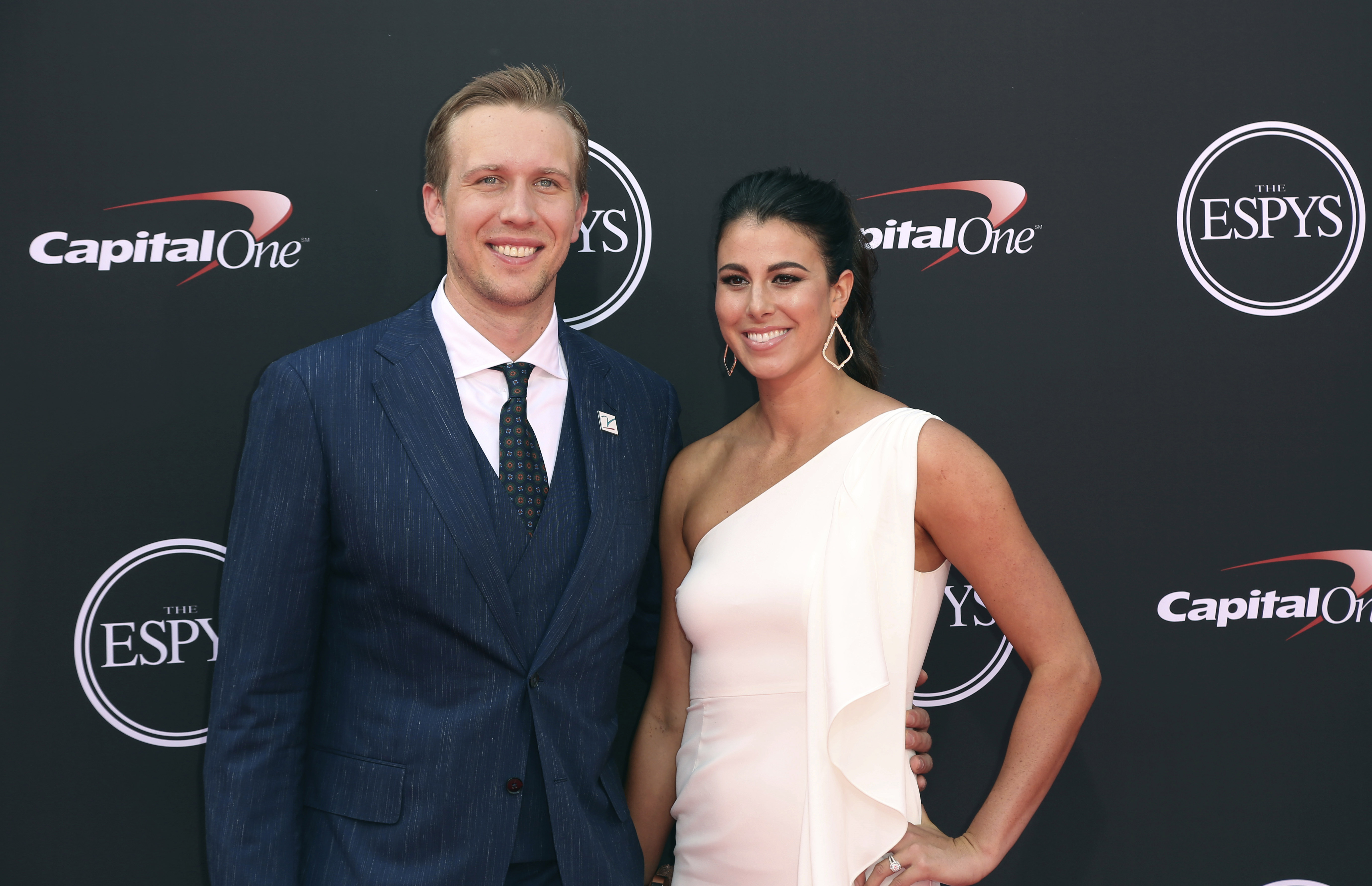 Nick Foles Wife Who Is She How Many Kids Do They Have Fanbuzz