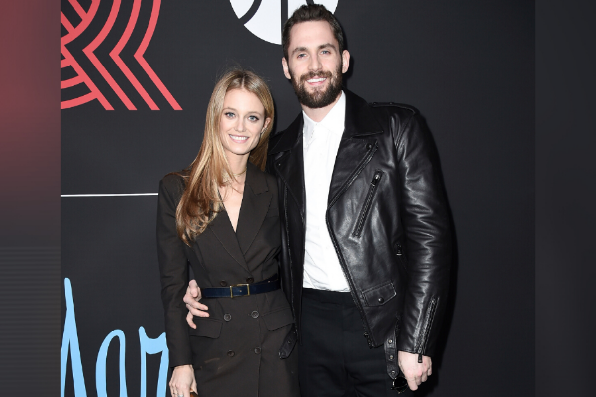 Kevin Love Proposes to Supermodel Girlfriend Kate Bock