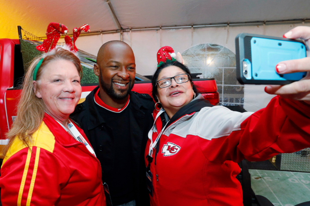 """Dante Hall Dazzled as """"The X-Factor,"""" But Where Is He Now?"""