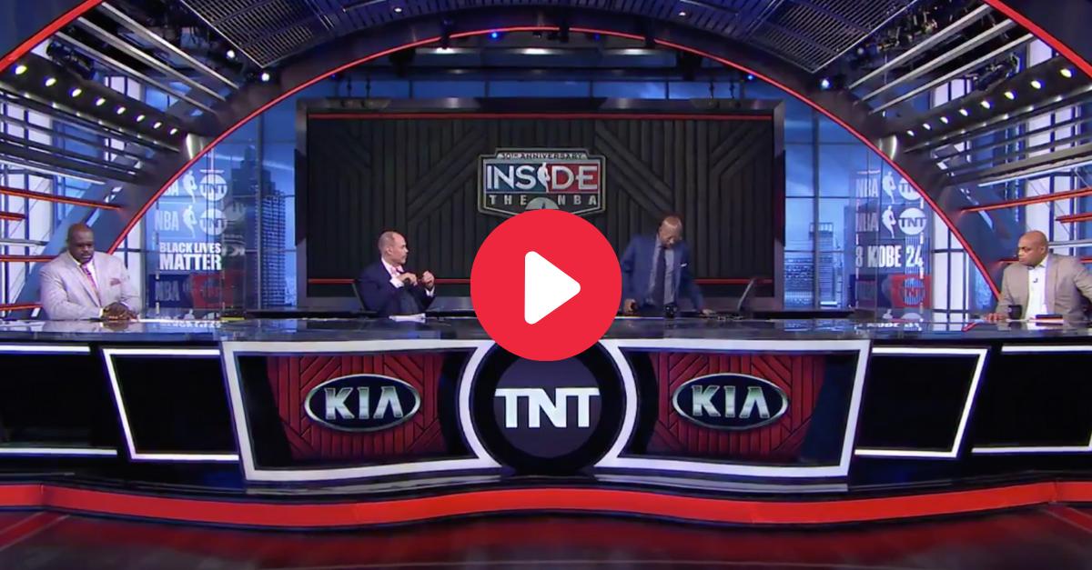 "Kenny Smith Walks Off ""Inside the NBA"" Set After Teams Boycott"