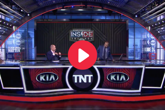 "Kenny Smith Walks Off ""Inside the NBA"" Set After Teams Boycott"