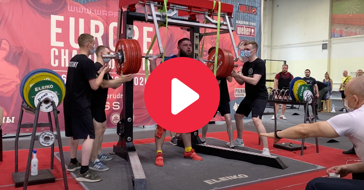 Powerlifter Breaks Both Knees Squatting Almost 900 Pounds