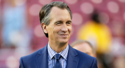 "Cris Collinsworth and His Wife Settled in a ""Dinky Town"" & Had 4 Kids"