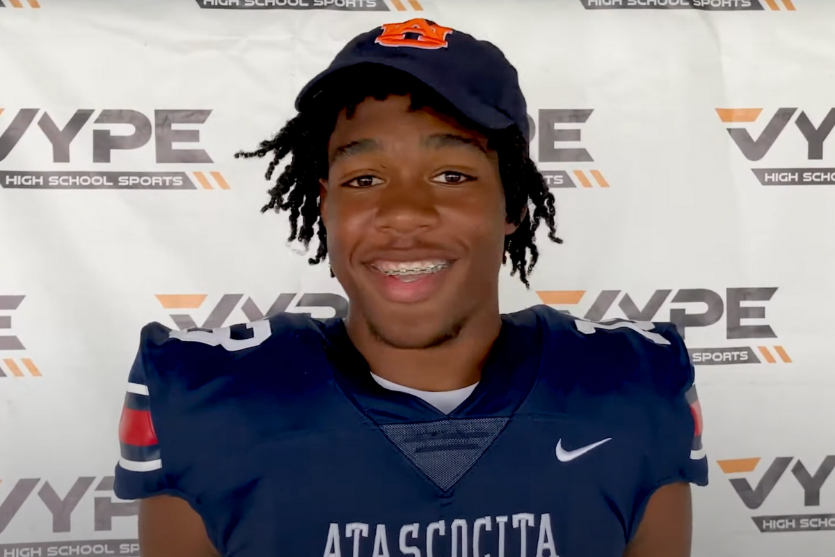 Dynamic 6-foot-5 Tight End Gives Auburn a Massive Target
