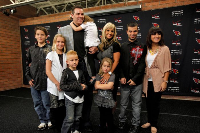 Kurt Warner Married a Former Marine & Raised a Huge Family