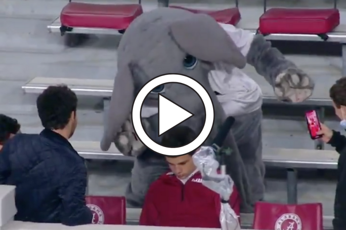 "Big Al Messes With ""Sleepy"" Alabama Fan After Taking In-Game Nap"