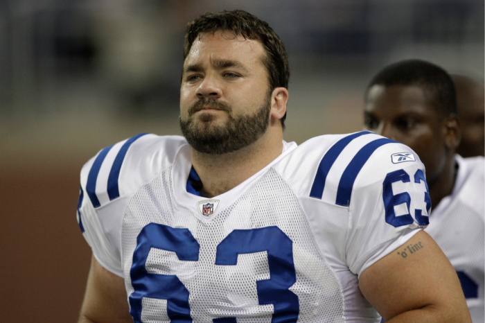 Jeff Saturday Dominated in the NFL, But Where is He Now?