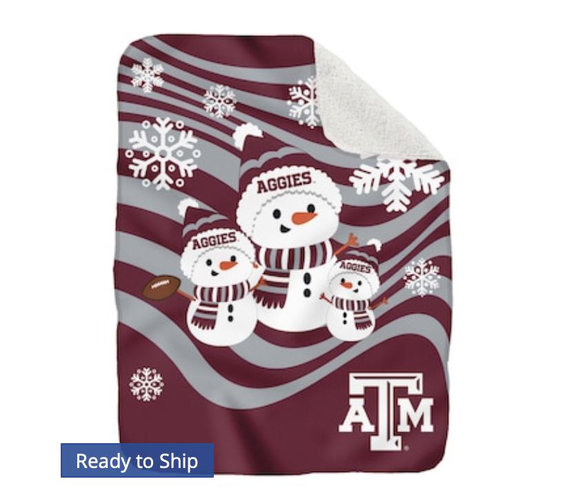 Texas A&M Aggies 60'' x 70'' Snowman Sherpa Blanket
