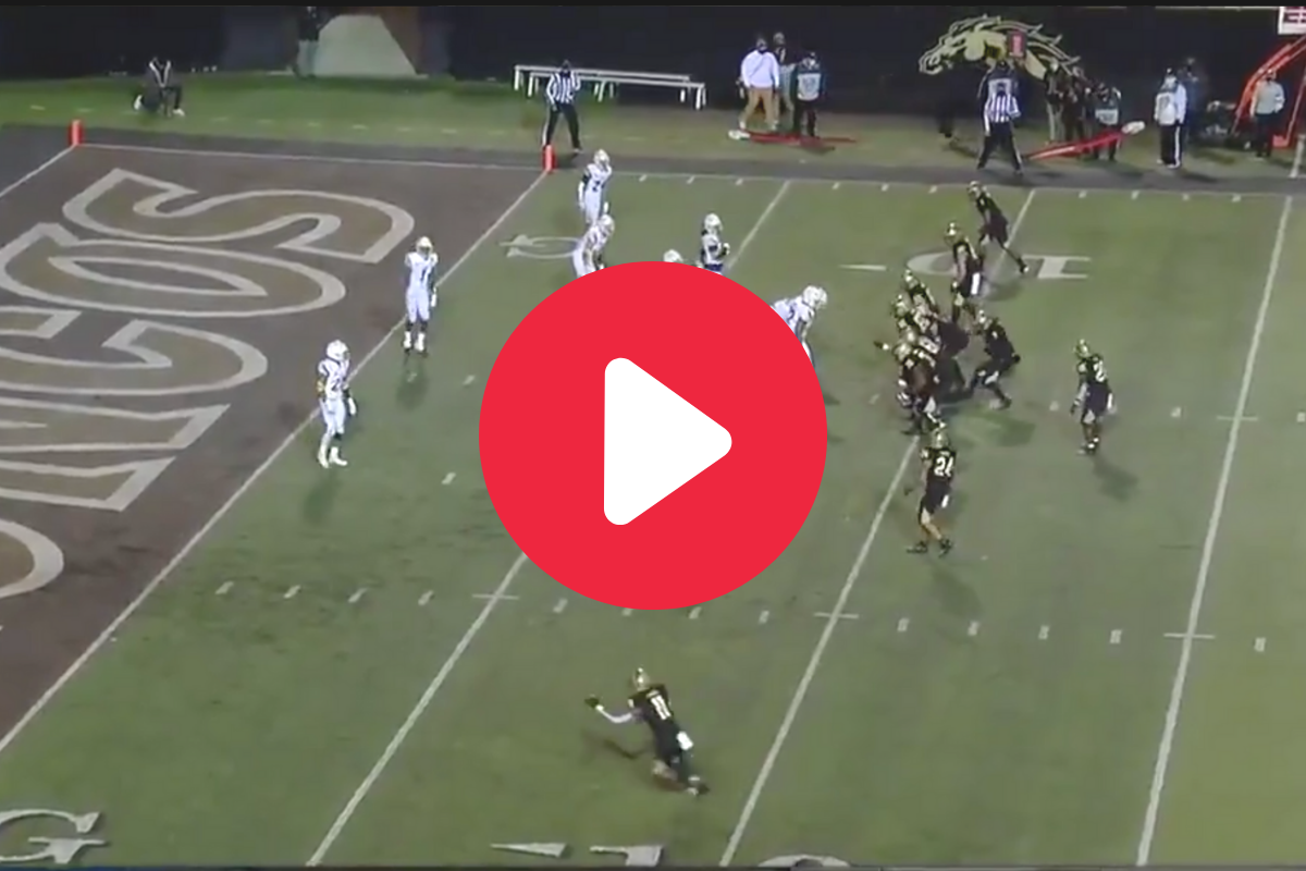 Fake Spike Catches Defense Snoozing for Easy Game-Winner