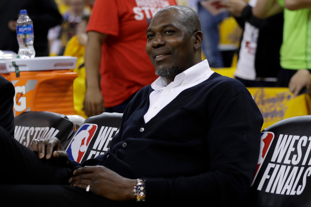 "Hakeem Olajuwon's Net Worth: How ""The Dream"" Built a Staggering Fortune"