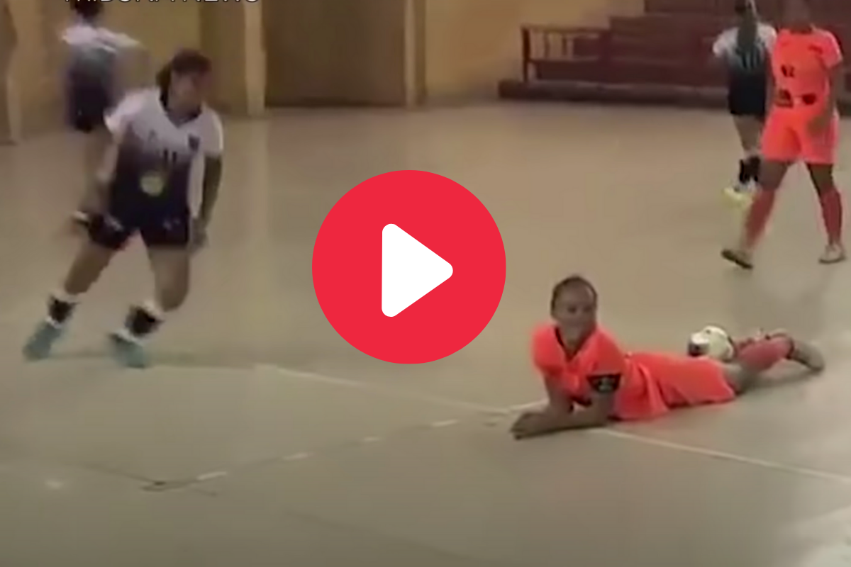 Female Soccer Player Kicks Girl in the Head for Showboating