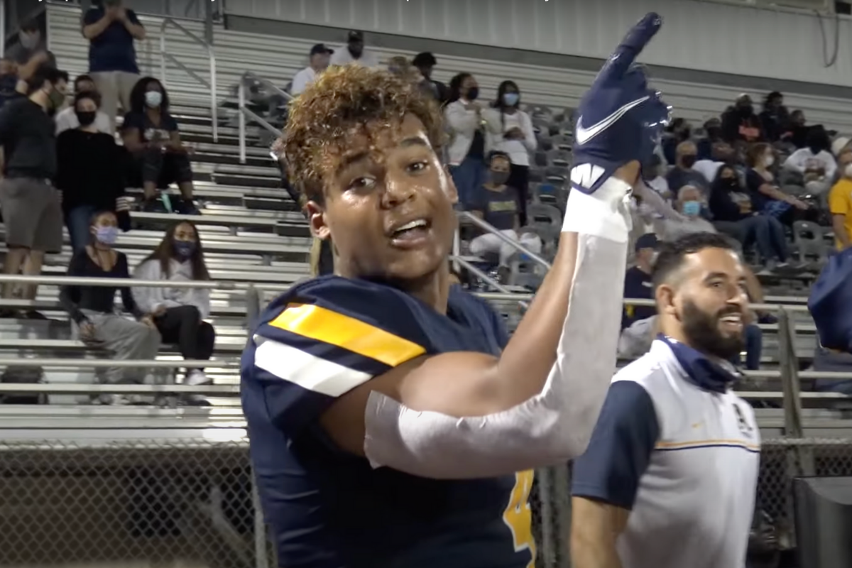 3-Star Safety, Son of Hall of Famer, Signs With Pac-12 School