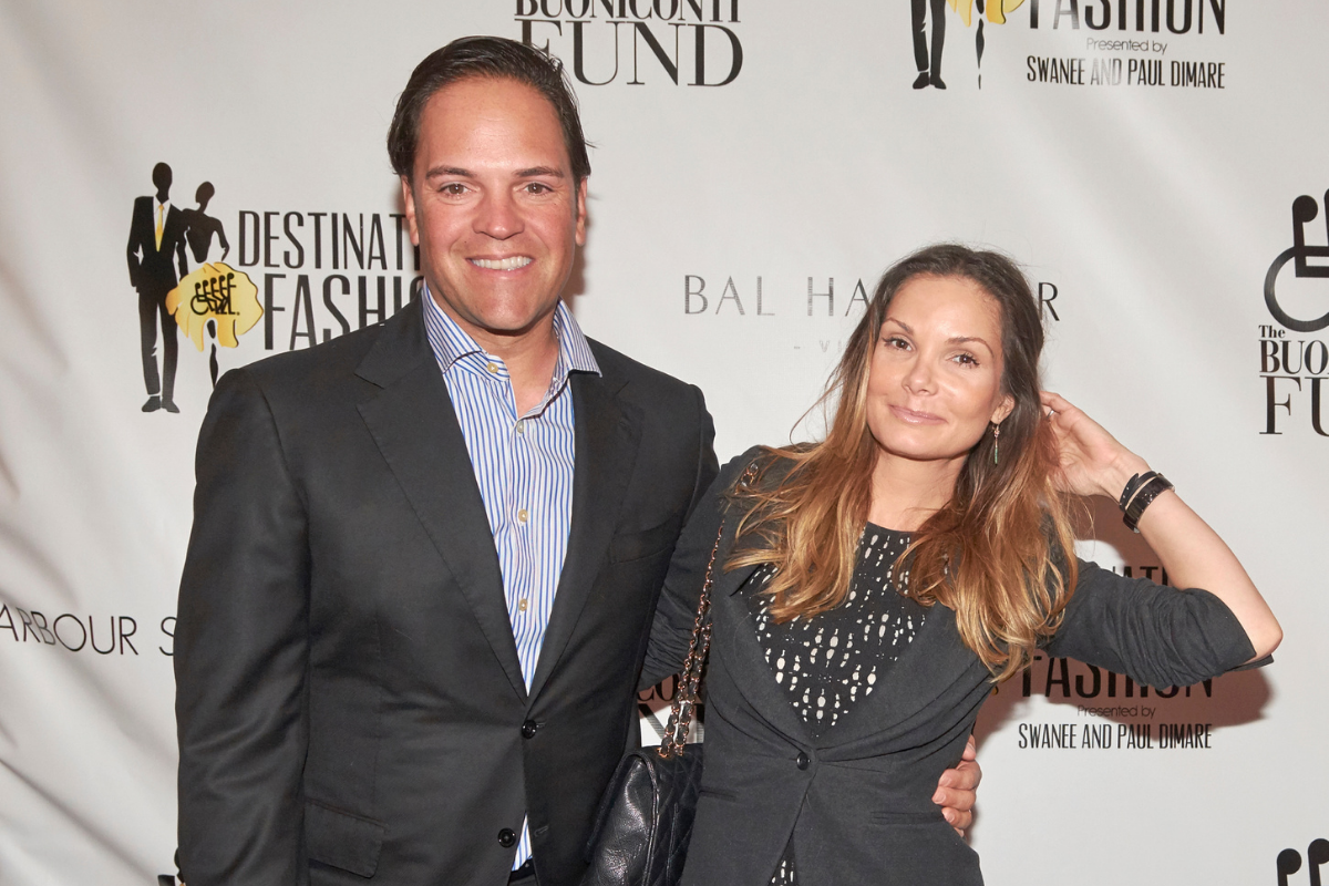 """Mike Piazza's Wife Starred on """"Baywatch"""" & Posed in Playboy"""