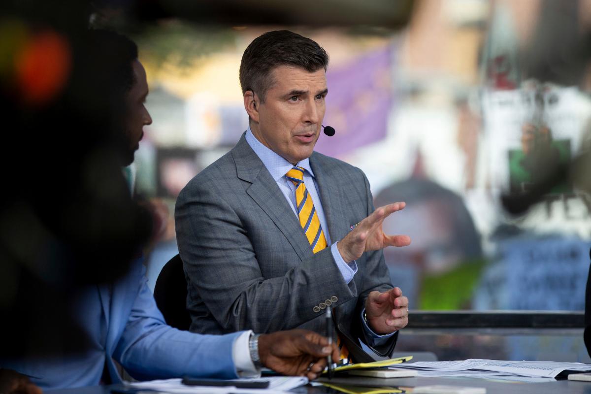 ESPN Re-Signs Rece Davis as 'College GameDay' Host
