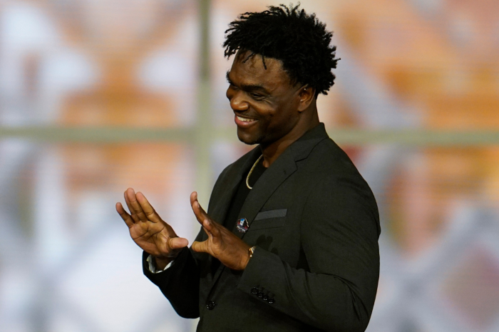 Edgerrin James' Net Worth: How Rich is the Hall of Fame Running Back?