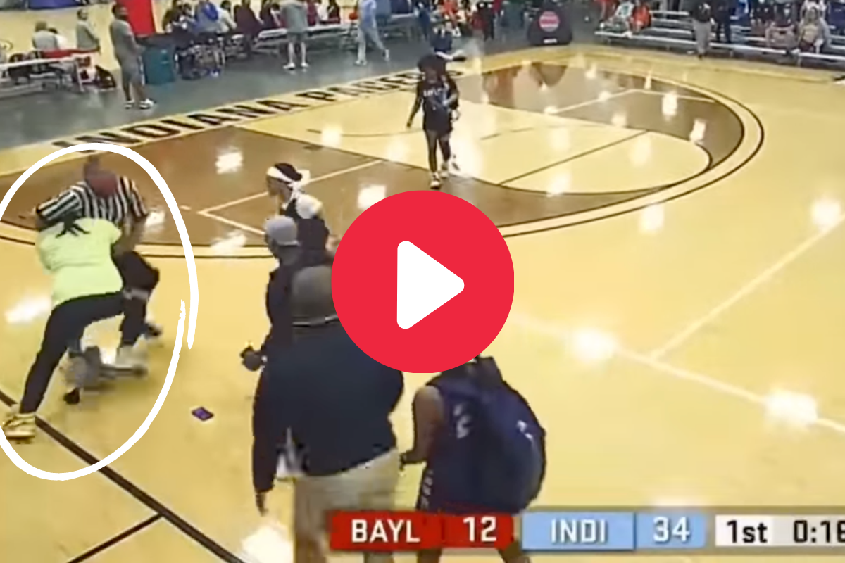 Angry Dad Suplexes Referee at AAU Girl's Basketball Game
